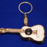 llavero guitarra 2